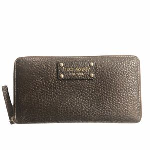 Kate spade brown pebbled leather clutch wallet